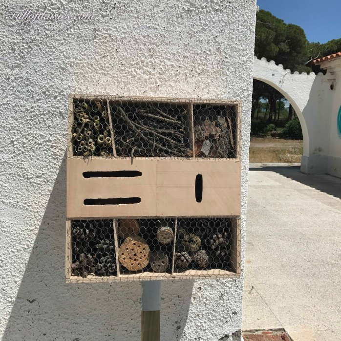 insect house hotel Delta del Llobregat